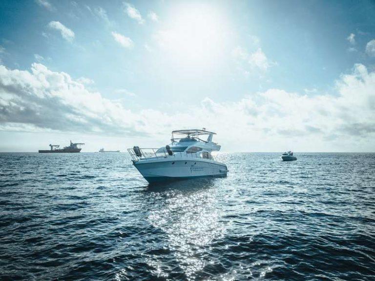 Яхта Blue marlin Bali на воде, фото 3