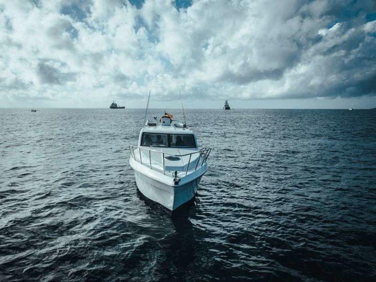 Яхта Blue marlin Bali на воде, фото 8