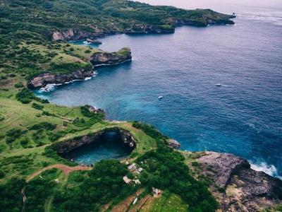 Nusa Penida | Yacht charter